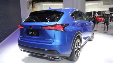 Lexus NX300 - live rear