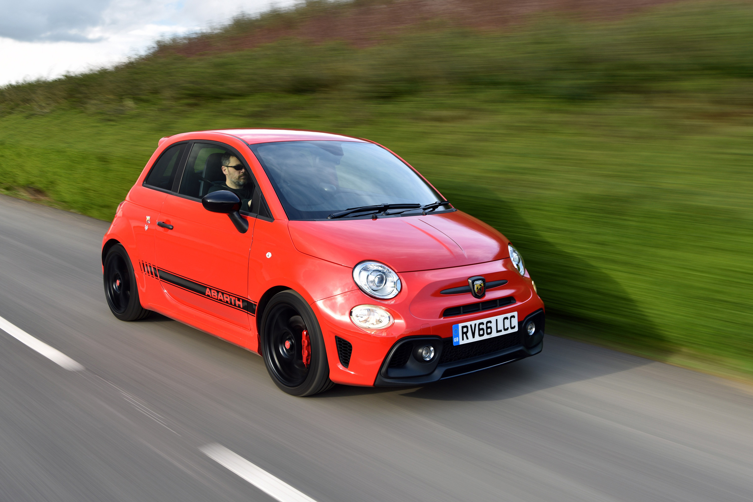 Abarth 595 review - how does it compare to the Up GTI? | Evo