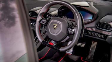 Lamborghini Huracán Evo RWD – interior
