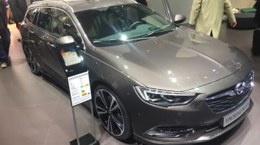 Vauxhall Insignia Sports Tourer Geneva front three quarter