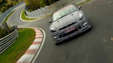 Nissan GT-R Nismo sets Nurburgring lap time