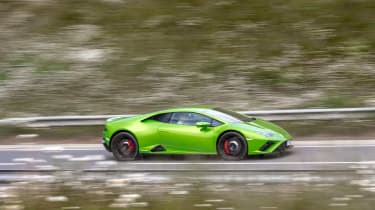 Lamborghini Huracán Evo RWD – pan