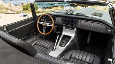 Jaguar e-type Zero drive - dash