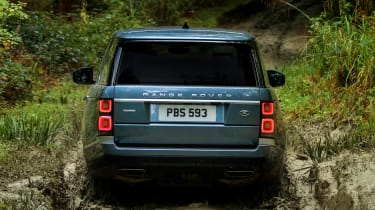 MY18 Range Rover - rear off road