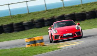 Porsche 911 GT3 - front cornering