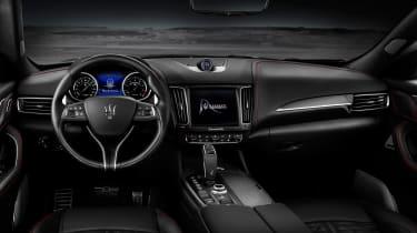 Maserati Levante Trofeo - interior