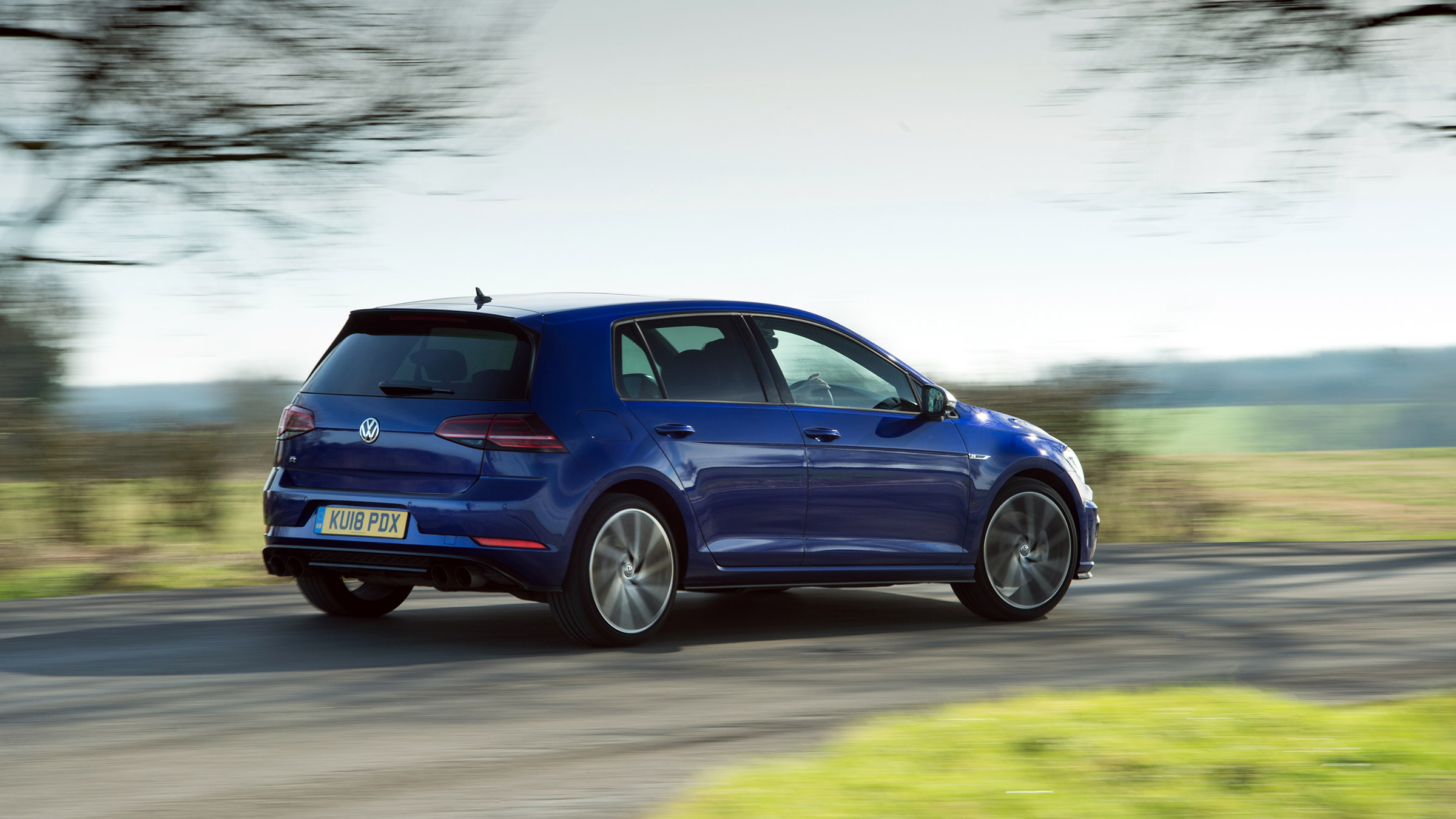 2019 Volkswagen Golf R review - the art of having your cake