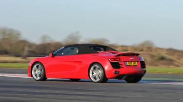 Audi R8 Spyder V8