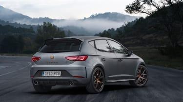 SEAT Leon Cupra R – rear quarter