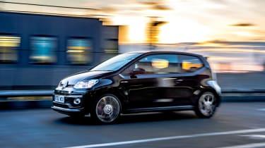 Volkswagen Up GTI tracking