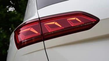 Volkswagen Touareg UK drive - headlighys