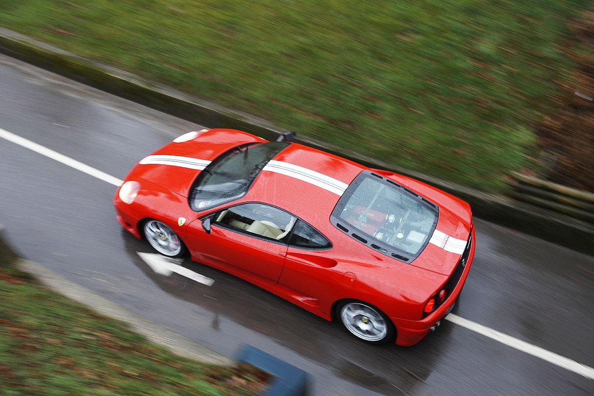 Porsche 911 Gt3 V Aston Martin Vanquish V Ferrari 360 Cs