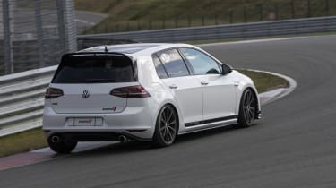 Volkswagen Golf GTI Clubsport rear cornering