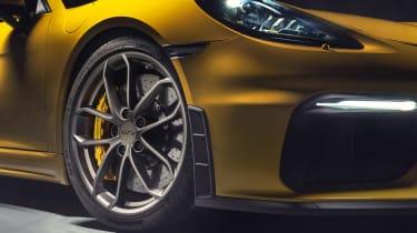 Porsche 718 Cayman GT4 wheel