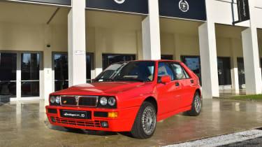 Lancia Heritage Parts – Delta front quarter