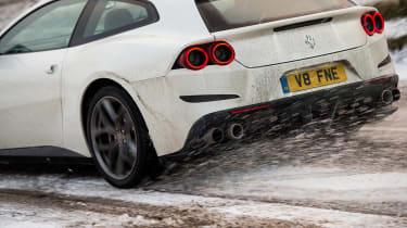 Ferrari GTC4 Lusso T - rear