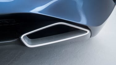 BMW 8-series concept - exhaust