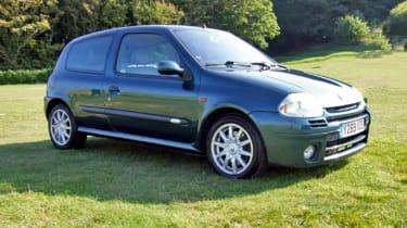 Renault Sport Clio 172 Exclusive – front quarter