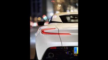 Aston Martin DB11 V8 - tail