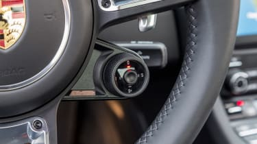 991.2 Porsche 911 Turbo S - interior 2