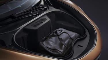 McLaren GT - boot