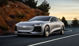 Audi A6 e-tron Concept - front tracking
