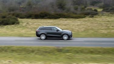 2021 Land Rover Range Rover Velar – pan