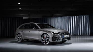 2019 Audi A4 Avant - front quarter