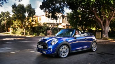 Mini Cooper facelift - mini cab front