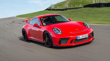 Porsche 911 GT3 - front tracking