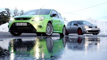 Ford Focus RS v Renaultsport Megane R26.R