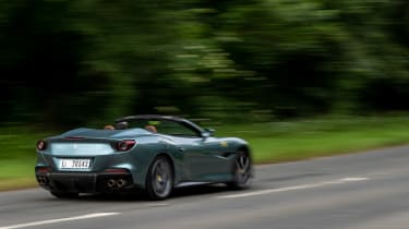Ferrari Portofino M – rear pan