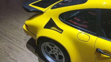 Ruf CTR Yellow Bird - Wing