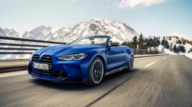 BMW M4 Competition Convertible –front tracking 2