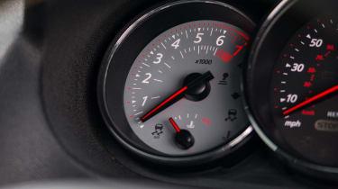 K-Tec Racing Mégane - Dials