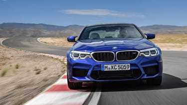 BMW M5 F90 - Blue front dynamic 2