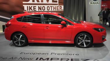 Subaru Impreza Hatch live - side
