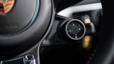 Porsche 718 Boxster S - drive selector