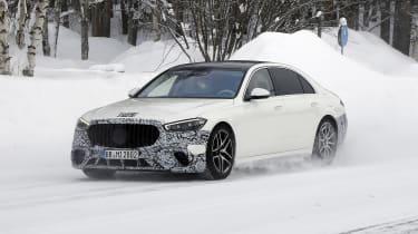 Mercedes-AMG S63 2021 spy 2 quarter 3