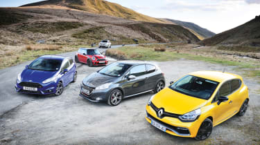 evo Magazine: July 2013 Renault Clio 200 Turbo group test