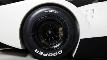 Caterham Lola SP/300R track car