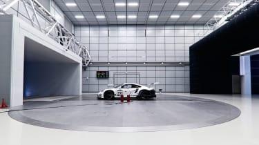 Porsche 911 RSR - wind tunnel