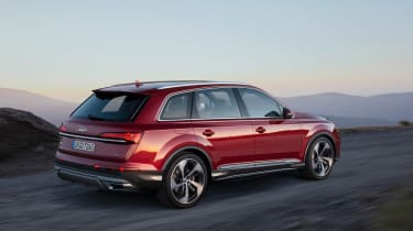 Audi Q7 facelift - rear quarter