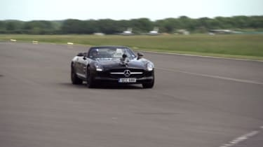 Video: Mercedes-Benz SLS record attempt