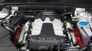 Audi S4 Avant engine