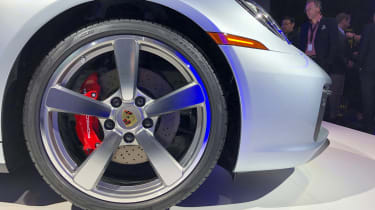Porsche 911 live - wheel