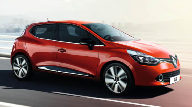 2012 Renault Clio front driving action