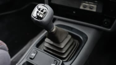 Ford Sierra RS500 Cosworth - Gear stick