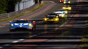 Le Mans 2017 - Ford GT Mulsanne straight