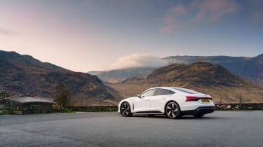 Audi e-tron GT quattro – rear quarter static